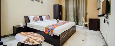 Gallery Cover Image of 1560 Sq.ft 3 BHK Apartment for rent in Viman Nagar for 40000