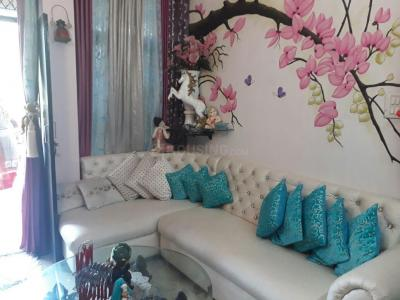 Gallery Cover Image of 850 Sq.ft 2 BHK Apartment for buy in Shalimar Bagh for 4900000