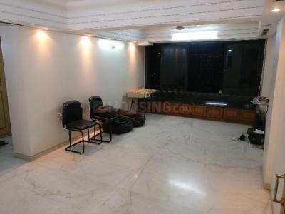 Gallery Cover Image of 600 Sq.ft 2 BHK Apartment for rent in Bandra East for 60000