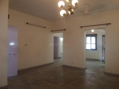 Gallery Cover Image of 1100 Sq.ft 2 BHK Apartment for rent in Sarita Vihar for 25500