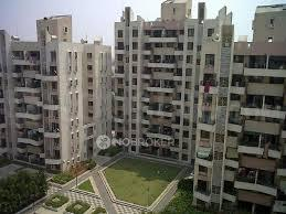 Gallery Cover Image of 1500 Sq.ft 3 BHK Apartment for rent in Magarpatta Roystonea, Magarpatta City for 22000