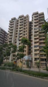 Gallery Cover Image of 1480 Sq.ft 3 BHK Apartment for buy in Saya Zenith, Ahinsa Khand for 9500000