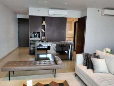 Gallery Cover Image of 2100 Sq.ft 3 BHK Apartment for buy in Oberoi Esquire, Goregaon East for 68000000
