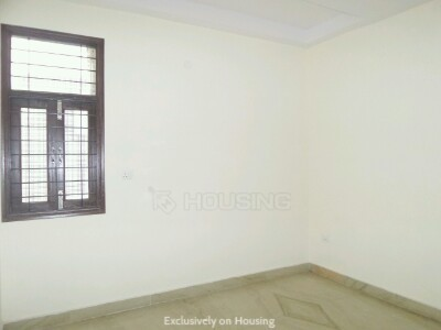 Gallery Cover Image of 1000 Sq.ft 3 BHK Apartment for buy in Arjun Nagar for 12500000