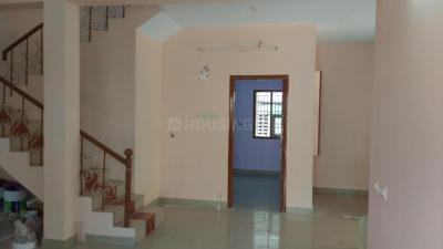 Gallery Cover Image of 1600 Sq.ft 3 BHK Villa for rent in Nanmangalam for 20000