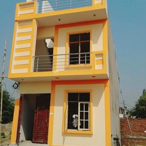 Gallery Cover Image of 1150 Sq.ft 3 BHK Independent House for buy in Rajajipuram for 3100000