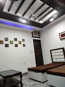 Gallery Cover Image of 750 Sq.ft 2 BHK Independent Floor for rent in Patel Nagar for 25000