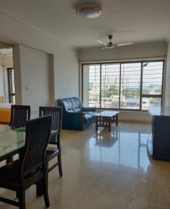 Gallery Cover Image of 1150 Sq.ft 2 BHK Apartment for rent in Twinkle StarHousing, Chembur for 55000