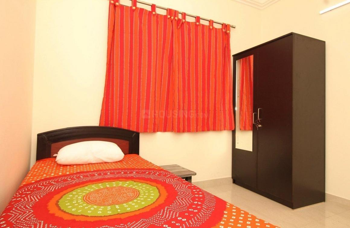Bedroom Image of 2200 Sq.ft 4 BHK Apartment for rent in Kukatpally for 7500