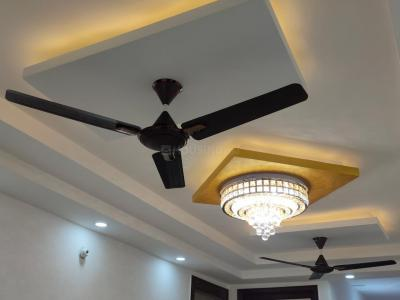 Gallery Cover Image of 1500 Sq.ft 3 BHK Apartment for rent in Kamal Vihar, Sector 7 Dwarka for 28000