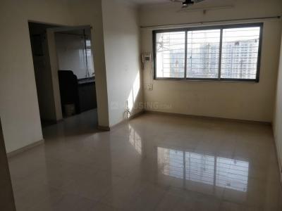 Gallery Cover Image of 590 Sq.ft 2 BHK Apartment for rent in Mahavir Platinum, Chembur for 33000