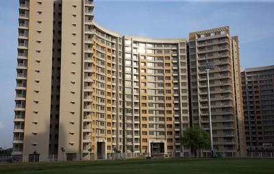 Gallery Cover Image of 1400 Sq.ft 3 BHK Apartment for buy in Khodiyar for 6790000