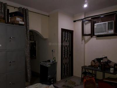 Gallery Cover Image of 250 Sq.ft 1 RK Apartment for rent in Sector 17 for 14000