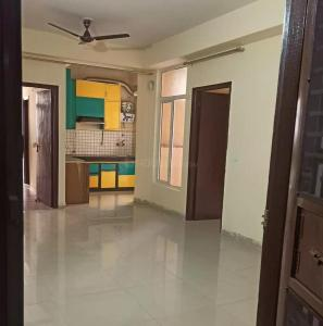 Gallery Cover Image of 1365 Sq.ft 3 BHK Apartment for rent in Noida Extension for 12000