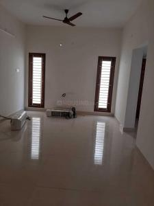 Gallery Cover Image of 1050 Sq.ft 2 BHK Apartment for rent in Valasaravakkam for 18000