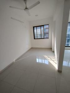 Gallery Cover Image of 950 Sq.ft 2 BHK Apartment for rent in Shree Tower, Andheri West for 60000