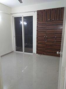 Gallery Cover Image of 1000 Sq.ft 3 BHK Apartment for rent in Sector 151 for 12000