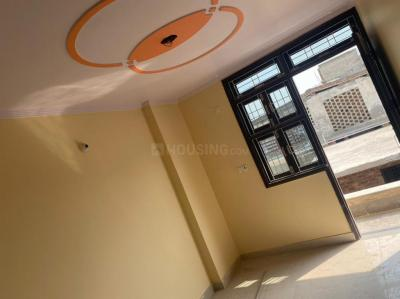 Gallery Cover Image of 800 Sq.ft 3 BHK Apartment for rent in Palam for 15000