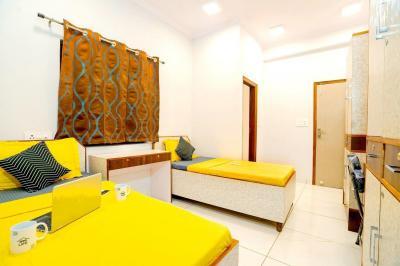 Bedroom Image of Oyo Life Del2227 in Hari Nagar