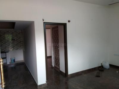 Gallery Cover Image of 800 Sq.ft 1 BHK Independent Floor for rent in Byrathi for 10000