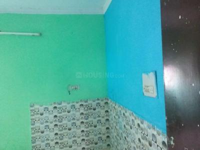 Gallery Cover Image of 650 Sq.ft 2 BHK Apartment for rent in Dda Janta Flats, Mayur Vihar Phase 3 for 7000