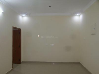 Gallery Cover Image of 800 Sq.ft 1 BHK Independent Floor for buy in Sithalapakkam for 3300000