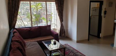 Gallery Cover Image of 835 Sq.ft 2 BHK Apartment for buy in Raheja Eastate, Borivali East for 16500000