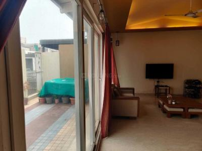 Gallery Cover Image of 1000 Sq.ft 1 BHK Apartment for rent in Science City for 17500