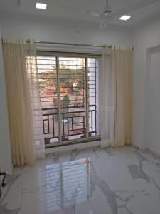 Gallery Cover Image of 674 Sq.ft 1 BHK Apartment for buy in RNA NG N G Valencia Phase II, Mira Road East for 5700000