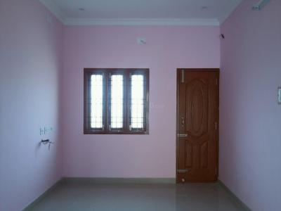Gallery Cover Image of 595 Sq.ft 1 BHK Independent House for buy in Kovur for 3800000