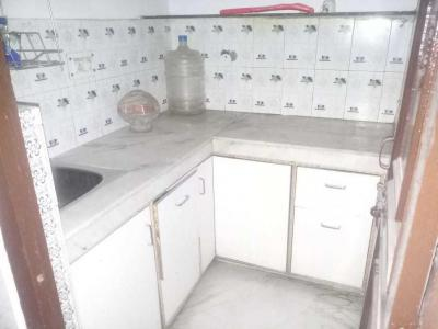 Gallery Cover Image of 350 Sq.ft 1 BHK Independent Floor for rent in Sector 5 Rohini for 8000
