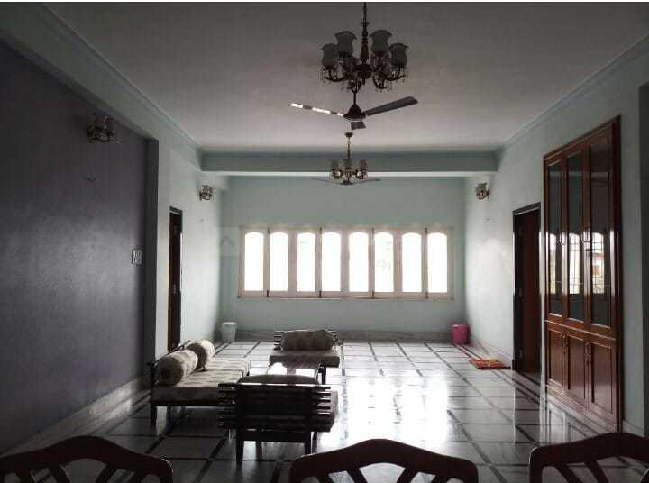 Living Room Image of 4500 Sq.ft 10 BHK Independent House for buy in Salt Lake City for 140000000