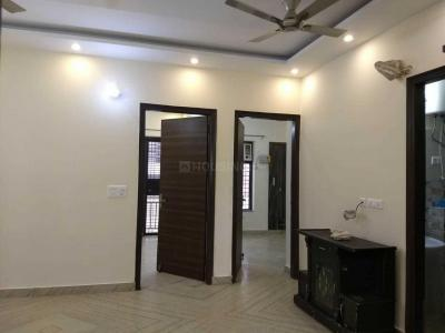 Gallery Cover Image of 2000 Sq.ft 3 BHK Independent Floor for rent in Sector 52 for 29500