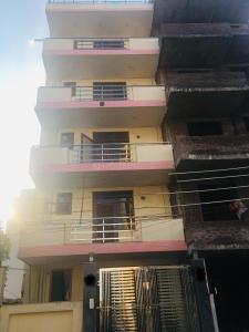 Gallery Cover Image of 936 Sq.ft 2 BHK Independent House for buy in Sector 52 for 19000000