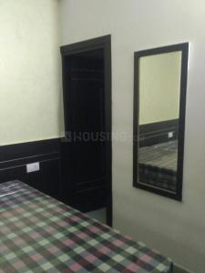 Gallery Cover Image of 600 Sq.ft 1 RK Independent Floor for rent in Sector 40 for 15000