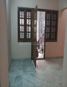 Gallery Cover Image of 590 Sq.ft 1 BHK Independent House for rent in Nesapakkam for 8000