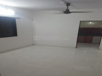 Gallery Cover Image of 650 Sq.ft 2 BHK Apartment for rent in Malad West for 36000