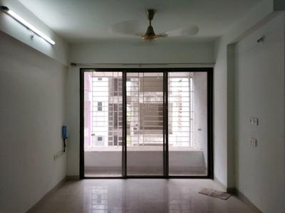 Gallery Cover Image of 660 Sq.ft 1 BHK Apartment for rent in Kharadi for 15000