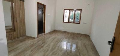 Gallery Cover Image of 1750 Sq.ft 3 BHK Apartment for rent in Arumbakkam for 35000