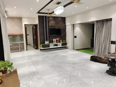 Gallery Cover Image of 1400 Sq.ft 3 BHK Apartment for buy in Lodha Luxuria Priva, Thane West for 38000000
