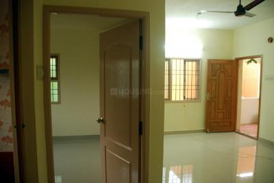 Gallery Cover Image of 750 Sq.ft 2 BHK Apartment for rent in Padi for 112000