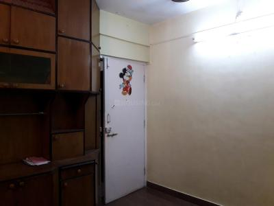 Gallery Cover Image of 550 Sq.ft 1 BHK Apartment for rent in Borivali West for 23000