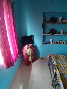 Gallery Cover Image of 1200 Sq.ft 1 BHK Independent House for rent in Singasandra for 5700