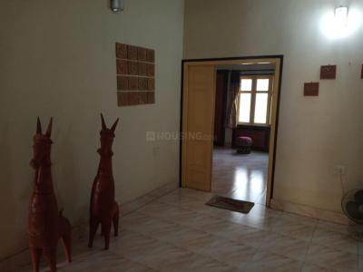 Gallery Cover Image of 1500 Sq.ft 3 BHK Independent Floor for rent in Salt Lake City for 15000