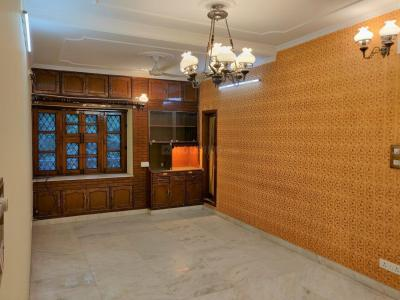 Gallery Cover Image of 2200 Sq.ft 4 BHK Apartment for rent in Vasant Kunj for 65000