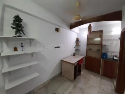 Gallery Cover Image of 500 Sq.ft 1 BHK Apartment for rent in South Dum Dum for 7000
