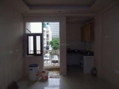 Gallery Cover Image of 300 Sq.ft 1 RK Apartment for rent in DLF Phase 3 for 12500