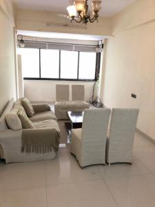 Gallery Cover Image of 1000 Sq.ft 2 BHK Apartment for rent in Pioneer House, Khar West for 55000