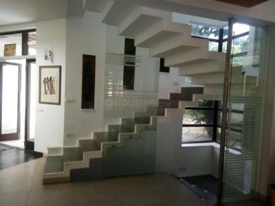Gallery Cover Image of 4000 Sq.ft 5 BHK Independent House for rent in Neelankarai for 150000