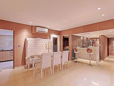 Gallery Cover Image of 2400 Sq.ft 4 BHK Apartment for rent in Bharat Skyvistas Bluez, Andheri West for 200000